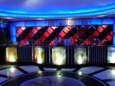 玻璃吧臺藝術背景 玻璃舞臺背景墻 吧臺裝修設計