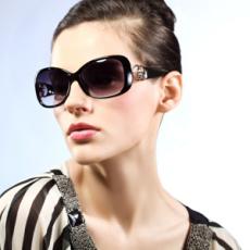 供应2012时尚太阳镜 偏光镜 厂家直销 可OEM贴牌生产