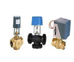 开启阀门,冷冻水或热水进入风机盘管,为房间提供冷气或暖气,当室温图片