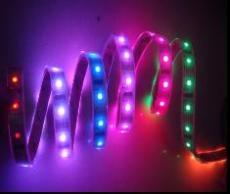 RGB燈條變色彩燈