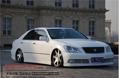 丰田12代皇冠大包围 旧款皇冠改装大包围高清图片